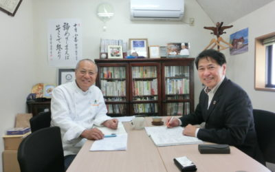 省エネ支援を受けられるピーターパン横手会長とエコエナジー代表の伊藤社長